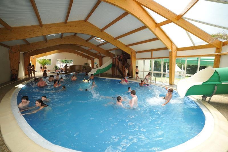 Camping la loubine olonne sur mer for Camping loire atlantique avec piscine couverte