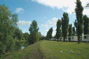 Camping International Maisons-Laffitte (1)