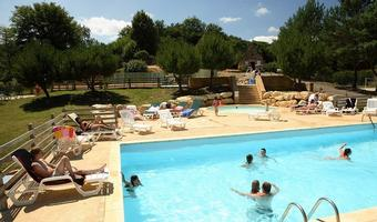 Camping Le Val d'Ussel (1)